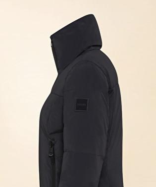 Comfy down jacket with asymmetrical zip | Dekker