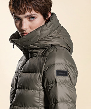 Superlight and semi-opaque down jacket | Dekker