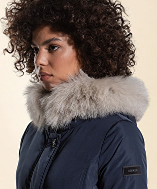 Jacket in super light fabric, with a semi-opaque and smooth look | Dekker