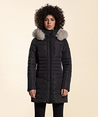 Long down jacket with a fox fur trim | Dekker