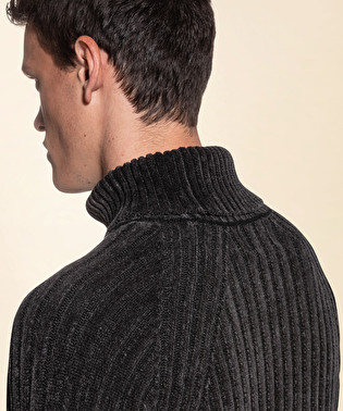 Wool blend turtleneck pull | Dekker