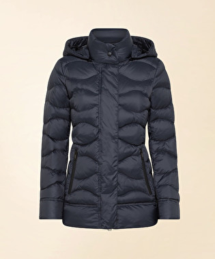 Down jacket in superlight and semi-opaque fabric | Dekker